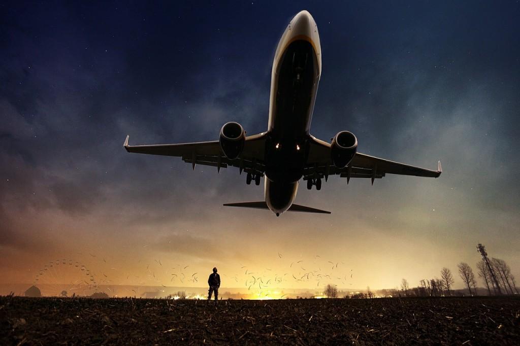 飛行機のイメージ写真